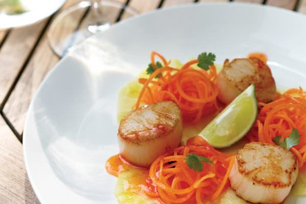 Scallops with Pineapple